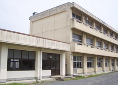 中学校校舎 耐震診断業務・耐震実施設計
