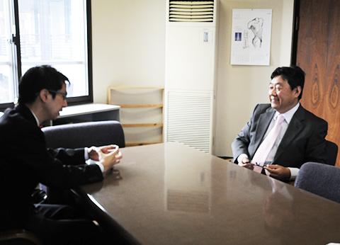 さくら構造 東京事務所 高田との話し合い風景