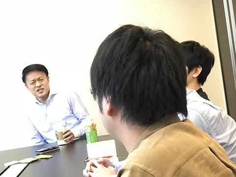座談会風景_04